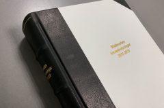 Trycka böcker – med skinnklädd rygg